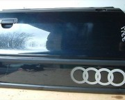 1994 AUDI 80 SPORT SALOON RIGHT FRONT DRIVERS DOOR - INDIGO LZ5U