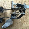 1996 - 2000 Volkswagen Passat B5 1.8T Complete brake and clutch pedal box