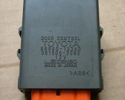 1998 TOYOTA COROLLA E110 3DR CENTRAL LOCKING DOOR CONTROL MODULE 85980-12260