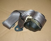 Peugeot 406 Mk1 seatbelt -  rear nearside left - grey