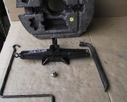 ROVER 25 / MG ZS CAR JACK KIT - FREE NEXT DAY