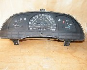 VAUXHALL ASTRA MK 3  SPEEDOMETER 42084 MILES ON THE  CLOCK - NEXT DAY